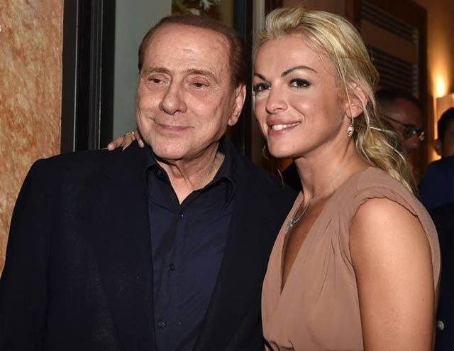Берлускони собирается жить один