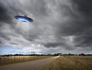 UFO parte dalla Terra (VIDEO) / Per sparire poi in una «tana di talpa»