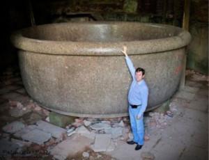 I segreti della «Zarina delle vasche» (FOTO) / Misterioso e unico artefatto giace in rovina