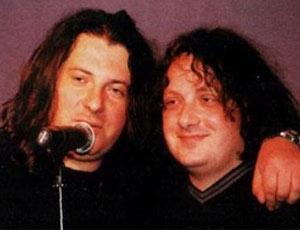 Due fratelli-fondatori del gruppo rock cult russo «Agatha Christie» sono in causa (VIDEO) / Per diritti copyright