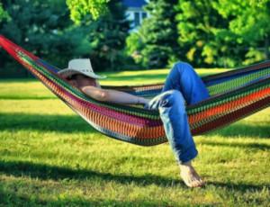 Vogliamo la siesta! / In Russia s'ipotizza la riduzione della giornata lavorativa nel periodo estivo