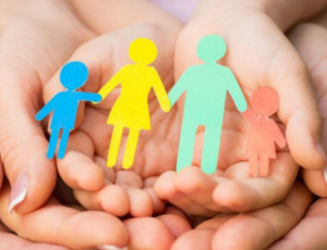 Kazakistan autorizza le adozioni via Internet / Il paese stila la lista degli orfani inserita in una banca dati con accesso dal web